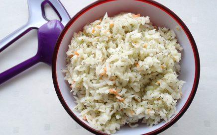 zdjęcie surówki coleslaw