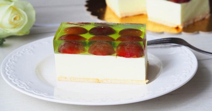 zdjęcie sernika z winogronami